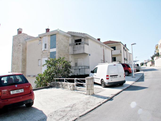 Apartments Bernard, Makarska