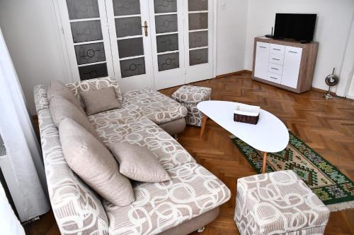 GB Apartments - Art Nouveau, Arad