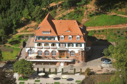 Kurhaus Trifels, Südliche Weinstraße