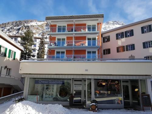 Apartment Kesch Chesa Quadrella, Maloja