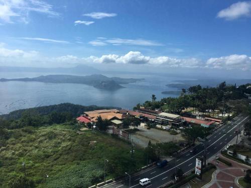 Matlocs @ Wind Residences, Tagaytay City