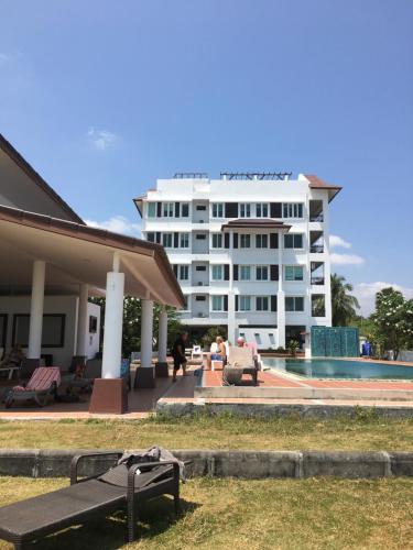 Khanom Beach Residence Rental Condo, Khanom