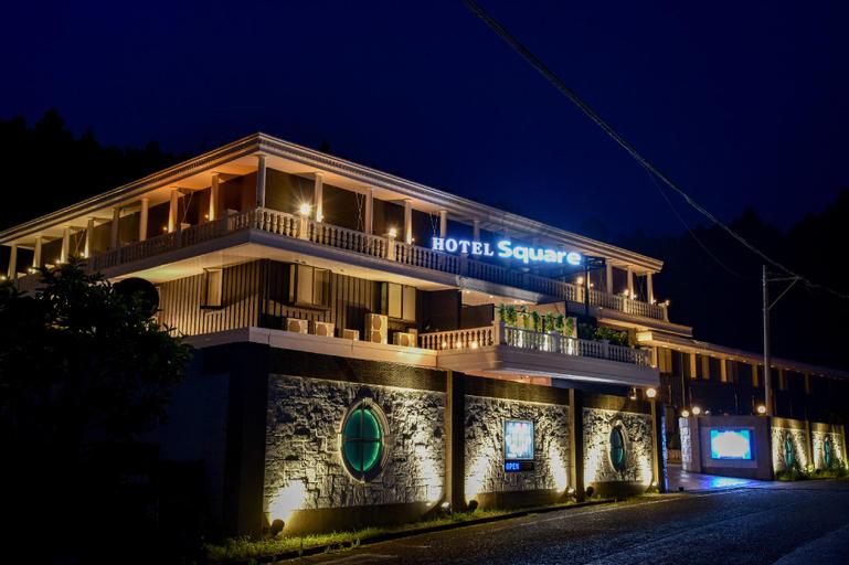 Hotel Square, Gotemba