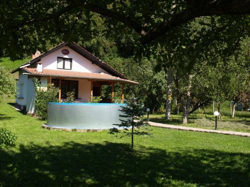 Villa Magnolia, Teteven