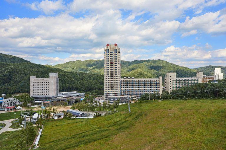 Phoenix Park Resort Condominium, Pyeongchang
