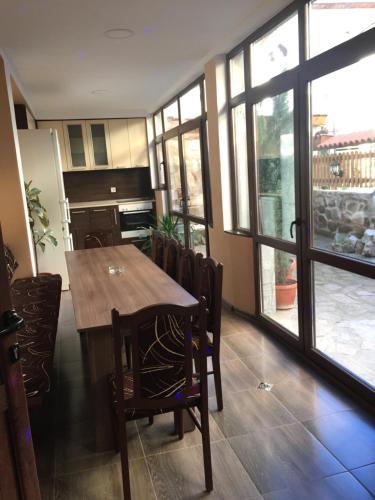 Guest House Lori, Teteven