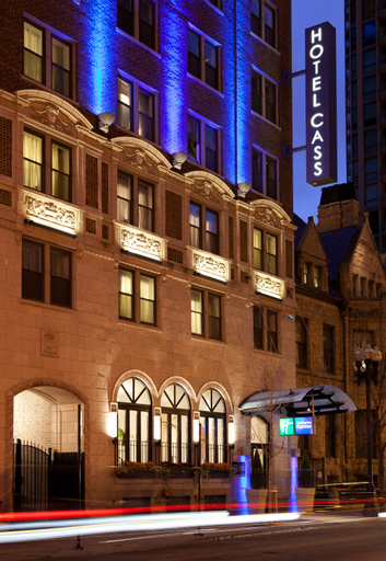 Holiday Inn Express Chicago-Magnificent Mile, Cook