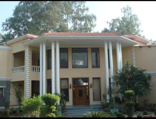 Country Villa, Kapurthala
