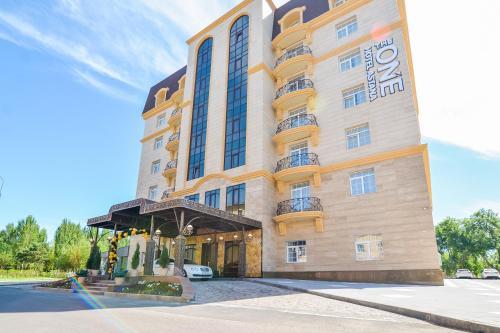 The ONE Hotel Astana, Tselinogradskiy