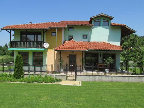 Pri Orehite Guesthouse, Troyan
