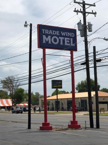 Trade Wind Motel, Cherokee