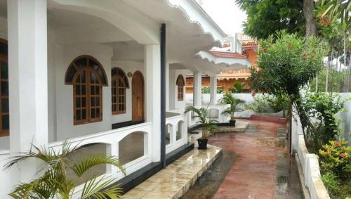 Chandra Guesthouse, Valikamam West