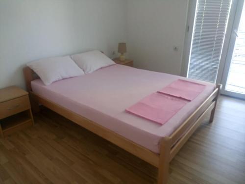 Kika Apartment,