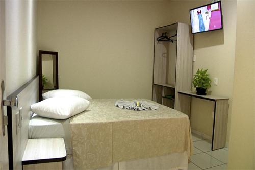 Plinio Hotel, Cruzeiro do Sul