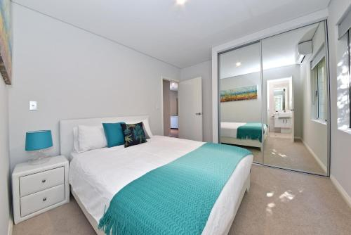 My Short Stay Apartments, Belmont