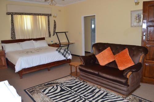 Ebuhleni lodge, Bulawayo