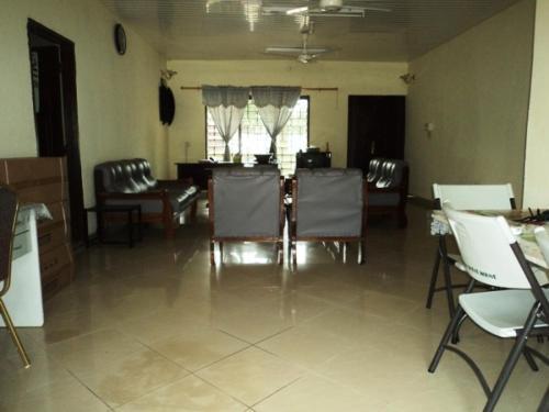 Ansua Guest House, Wa
