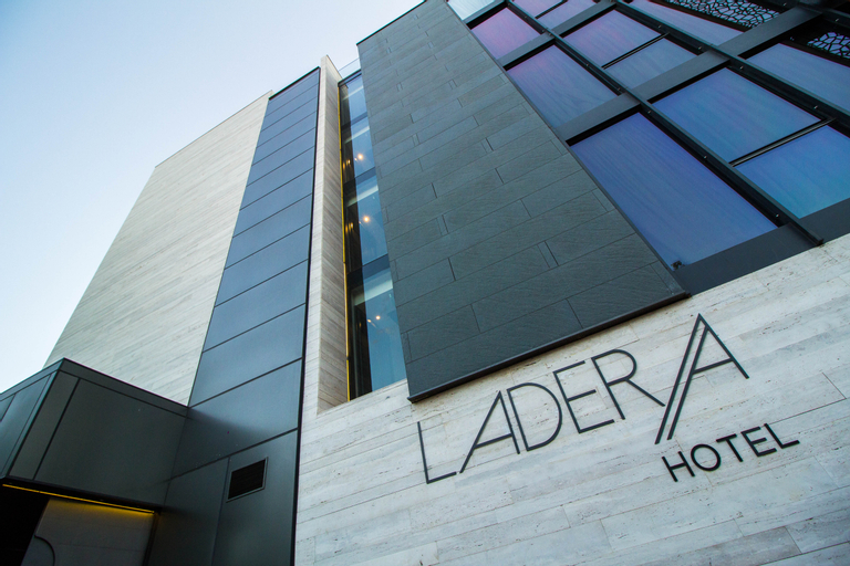 Ladera, Santiago