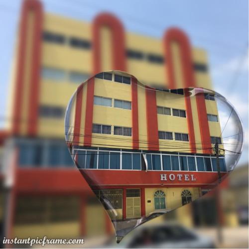 Hotel Don Luis, Centro