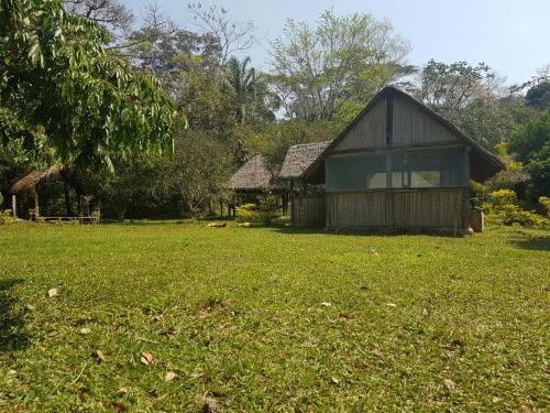 Refugio Villa Amboro, Ichilo