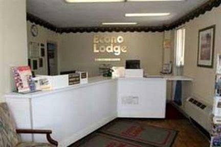 Econo Lodge near Potomac Mills, Prince William