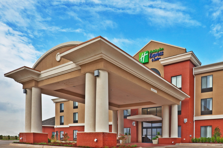 Holiday Inn Express and Suites Perry, Noble