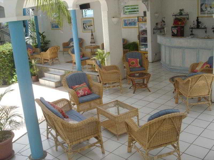 Oasis Beach Club,