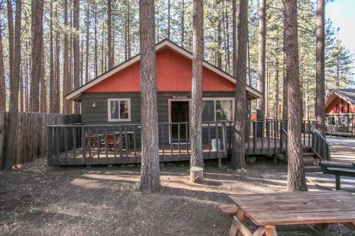 Bravo Big Bear Lodge Two, San Bernardino