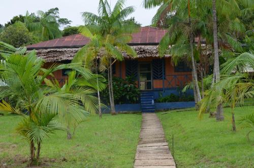 Eware Refugio Amazonico, Puerto Nariño