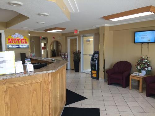 Western Budget Motel #1 & 2 Whitecourt, Division No. 13