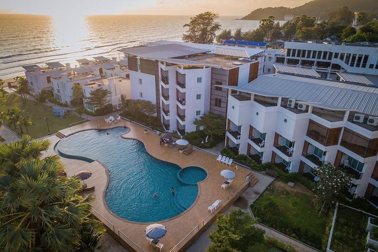 Saint Tropez Beach Resort Hotel, Tha Mai