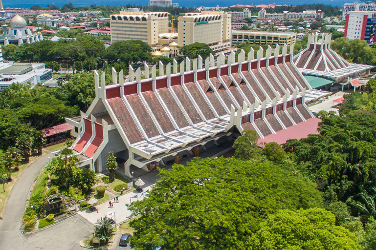 Lido Avenue, Penampang