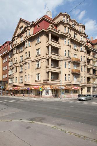 Prague Central Terrasse - Vineyards, Praha 3
