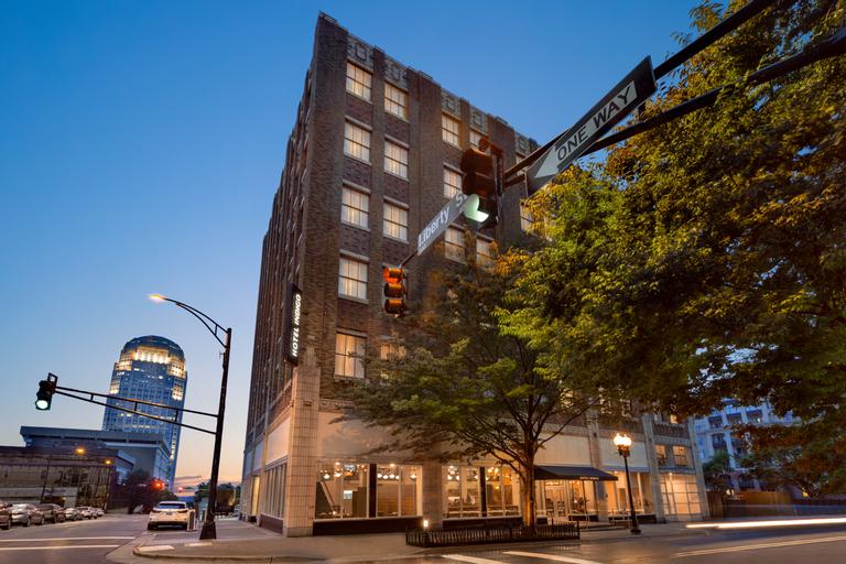Hotel Indigo Winston-Salem Downtown, Floyd