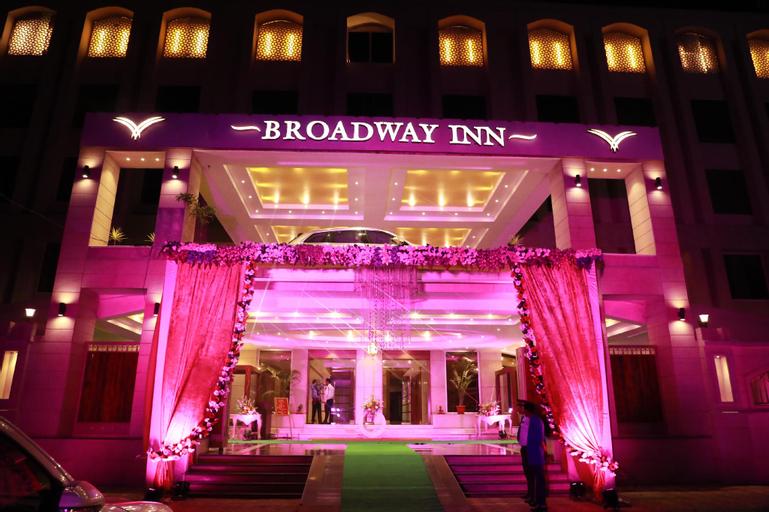 Hotel Broadway Inn, Meerut