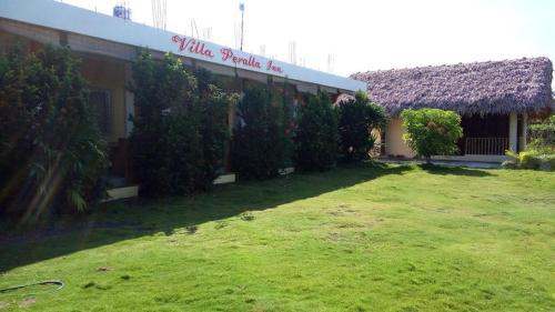 Villa Peralta Inn, Donsol