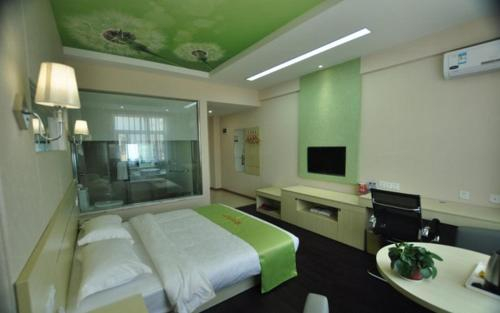 JUNYI Hotel Yunnan Mang City Meili Spring, Dehong Dai and Jingpo