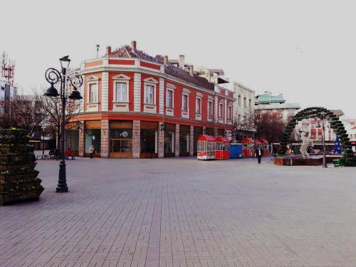 Prenociste Nikolas Grand, Smederevo