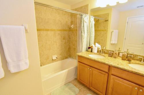 3079 Paradise Palms 4 Bedroom Townhome, Osceola