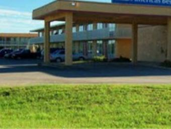 Budgetel Inn & Suites, Freestone