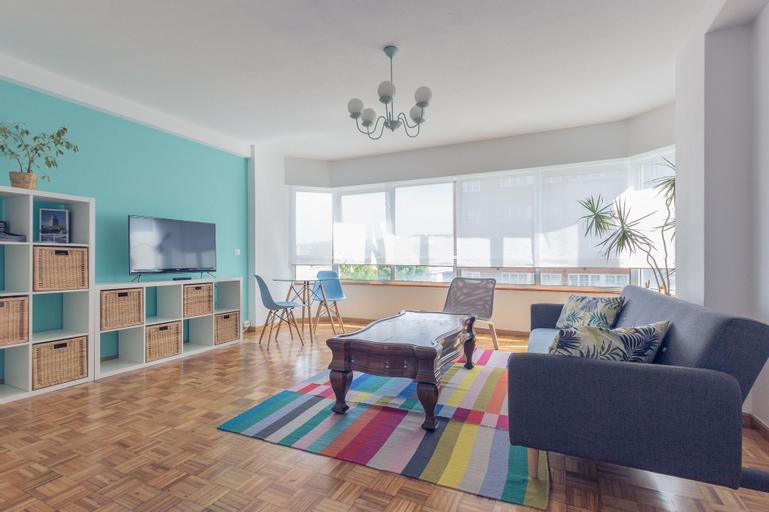 Turquoise Apartment, A Coruña