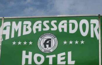 Ambassador Hotel, Orange