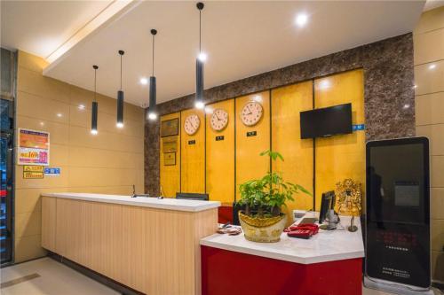 Thank Inn Chain Hotel Sichuan Guangan Wusheng County Hongwu Avenue, Guang'an