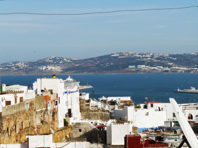 House With 2 Bedrooms in Tanger, With Wonderful sea View, Furnished Te, Tanger-Assilah