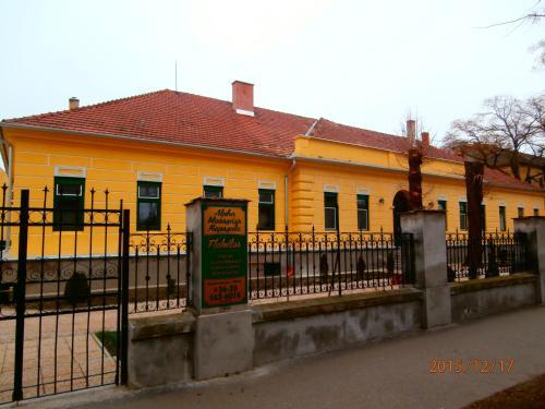 Li-Di Apartman, Kalocsa