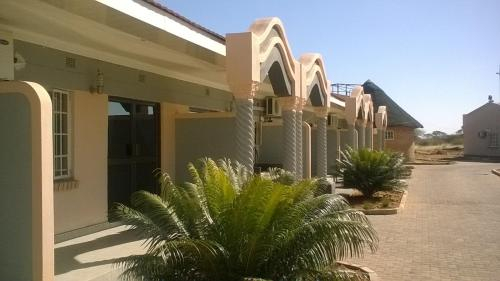 Sahara Stones Hotel, Palapye