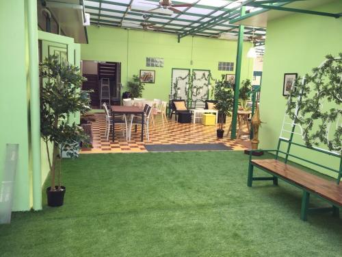 Greenery Hostel, Pathum Wan