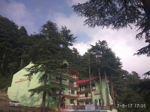 Hotel Dogra Residency Patnitop, Udhampur