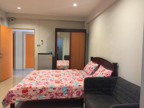 SN Group Apartment, Muang Samut Prakan