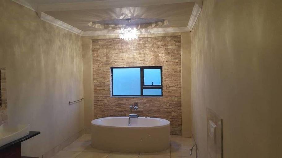 Lanipo Windhoek Guesthouse, Windhoek East